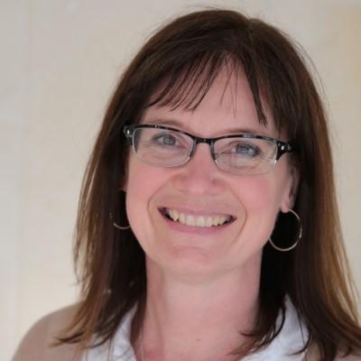 Lynn Faris